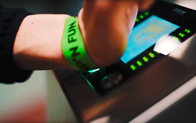 Onlinebuchung Ticketbuchung Ticketing Indoor Trampoline Park Spielplatz Indoortainment Contigo Kasse Kassensystem